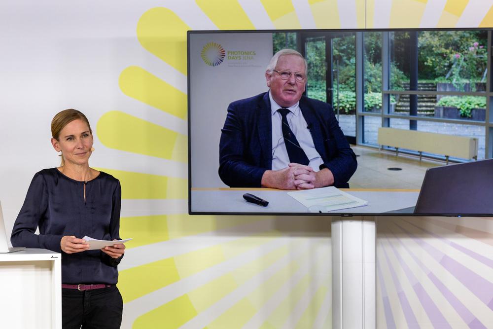 Moderator of the Photonics Days Jena 2021 with Nobel Prize winner Prof. Reinhard Genzel.