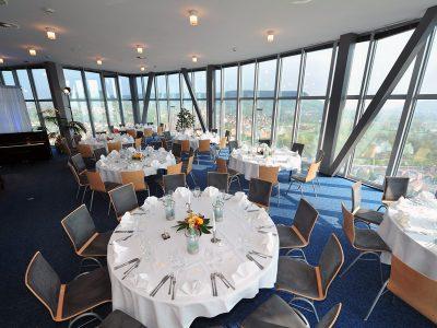 SCALA - Das Turm-Restaurant; Bankett; Bestuhlung; Foto: Scala/Jürgen Scheere